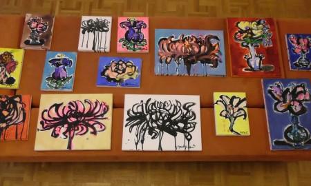 enkele kleine bloemschilderijen
