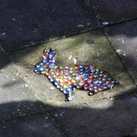 speeltegel met konijn